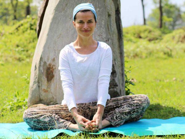 Agnieszka Kowalska - Bliss in Me - Nepal Yoga Project 02