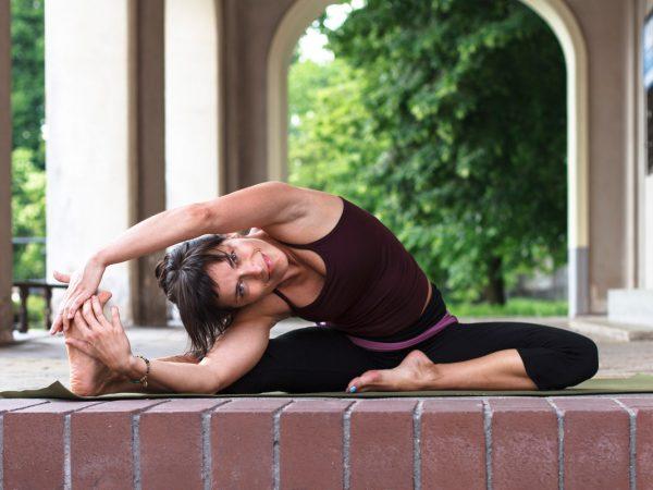 Elad Itzkin Yoga Photography - Agnieszka Kowalska - Bliss in Me - Warsaw Yoga Project 04